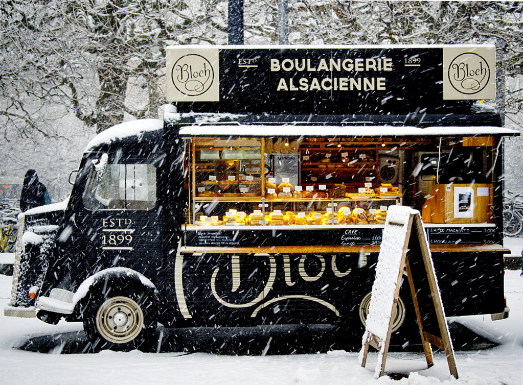 Image: 'Black Boulangerie Alsacienne Food Truck,' by Tuur Tisseghem (large)