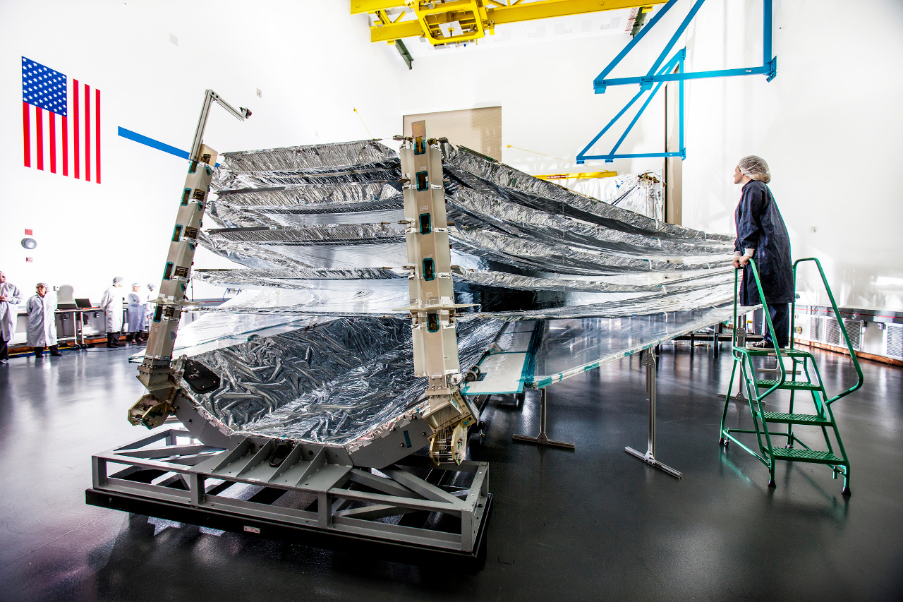 Webb telescope: unfolding test